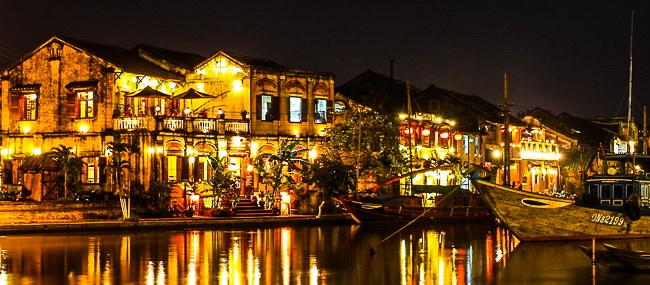 La notte a Hoi An